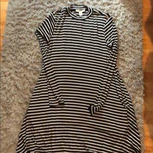 Black and white longe sleeve dress